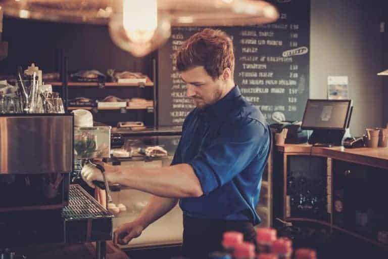 Cosa-fa-un barista-come lavorare-nei bar-nei caffe