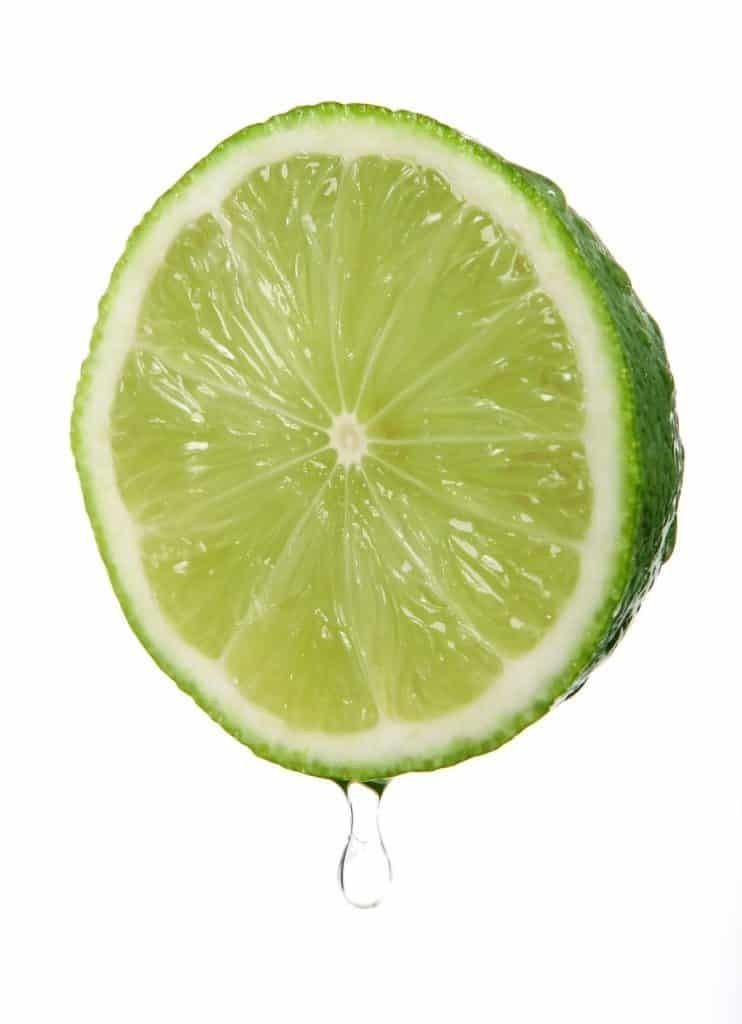come-fare-un-cocktail-a-casa-succo-di-lime