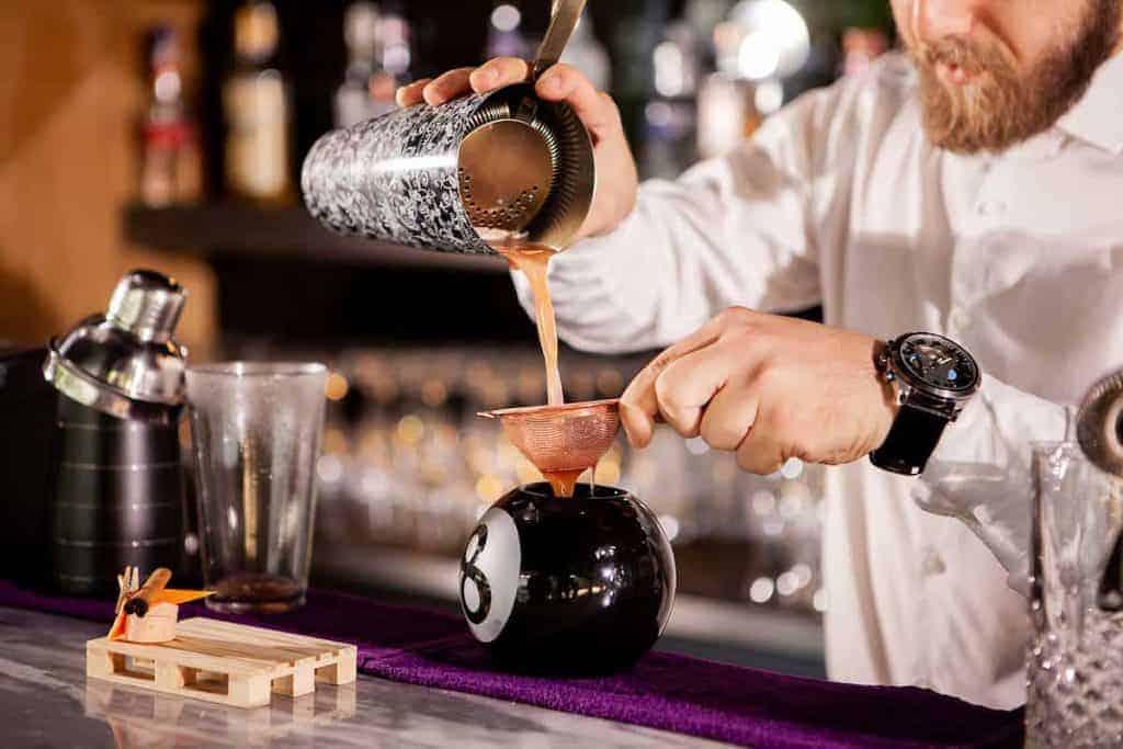 Bartender-a-Londra